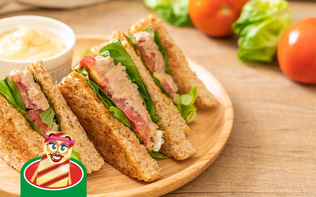 Gourmet krémes tonhalsalátás szendvics